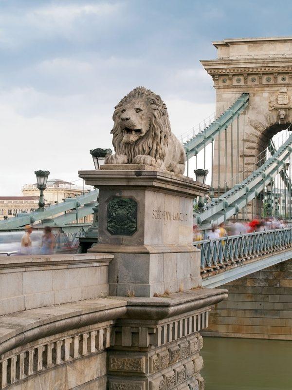 Budapest Private City Tour Chain Bridge
